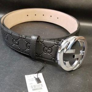 Black Signature Gucci belt for men